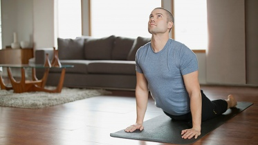 health-benefits-of-yoga-for-guys-03-722x406